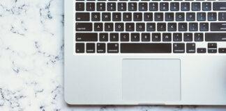 Co wziąć pod uwagę wybierając program do fakturowania online